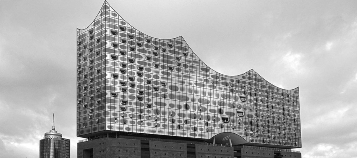 Chanel goes Germany – Métiers d'Art Show Took Place in Hamburg's Elbphilharmonie